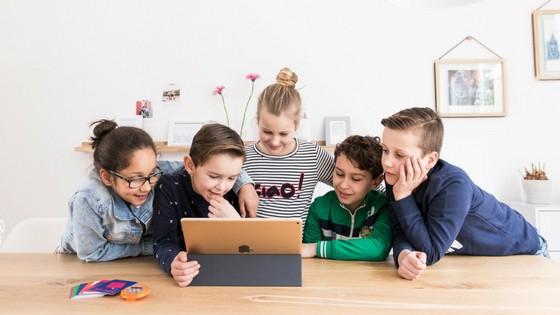Het beeldschermgebruik van kinderen verminderen