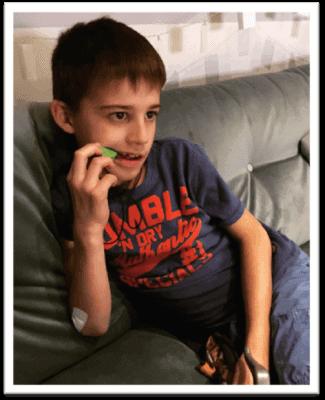 review bijtketting sabertand