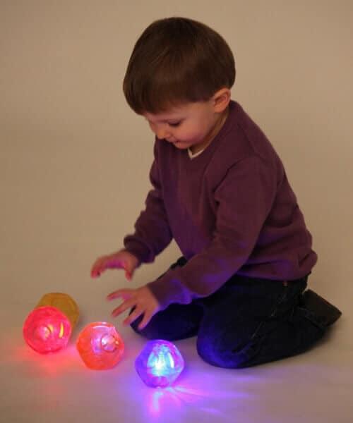 Kleine lichtgevende sensorische ballen